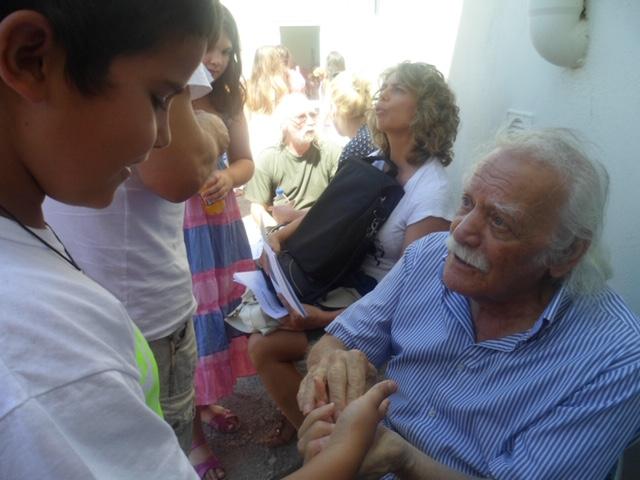 Η Ένωση Θυμάτων Ολοκαυτώματος Δήμου Βιάννου για τον Μανώλη Γλέζο
