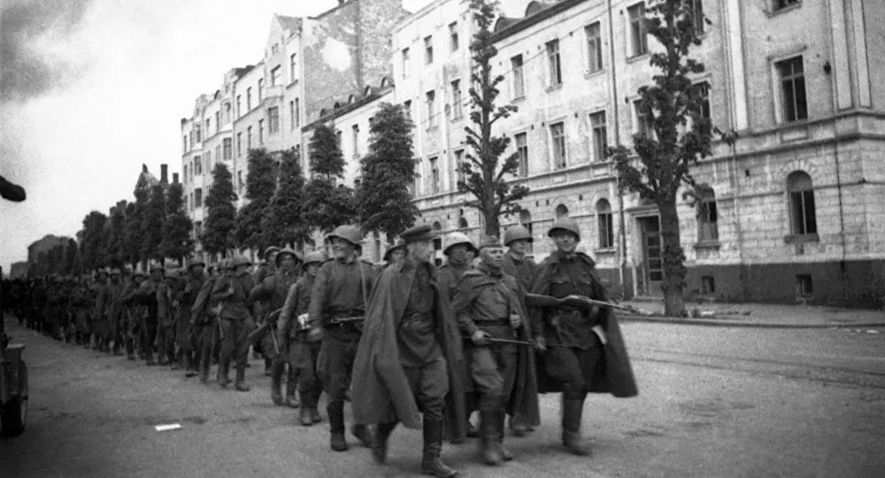 Βασίλης Μπρακατσούλας: «Η ναζιστική Γερμανία μας ξεκλήρισε, πρέπει να καταβληθούν οι αποζημιώσεις»