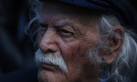 «Ο Μανώλης Γλέζος της πετραίας γης της Νάξου, των Κυκλάδων» – Διαδικτυακή εκδήλωση στο naxostimes.gr